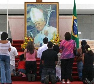 pope_worship2